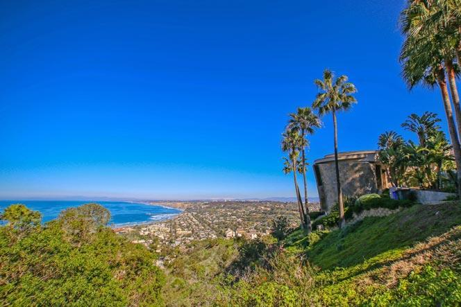 La Jolla Hillside Neighborhood Ocean Views